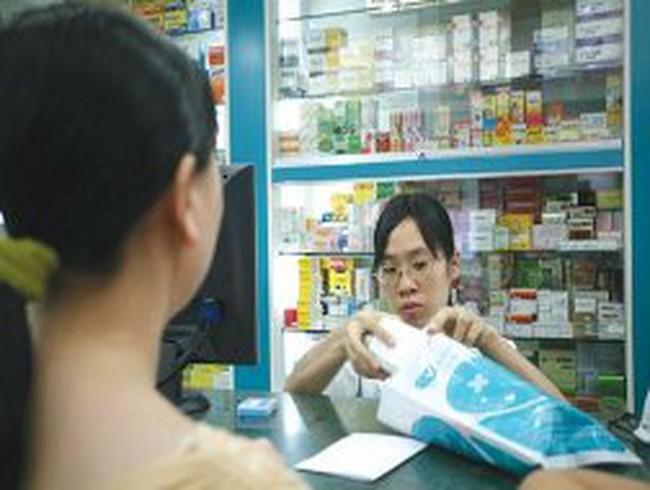 Giảm quyền nhập khẩu thuốc của doanh nghiệp FDI: Bất cập?