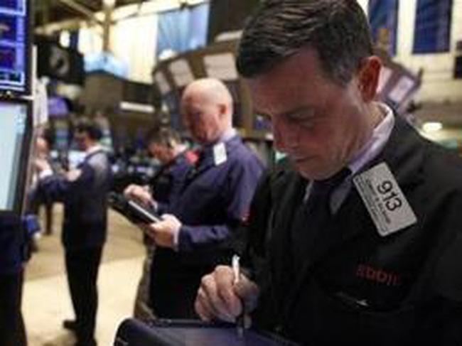 Giảm ngày thứ tư liên tiếp, Dow Jones đóng cửa dưới mốc 13.000 điểm