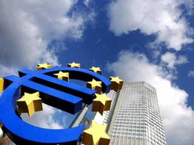 Eurozone có thể thoát khỏi suy thoái vào cuối mùa Xuân