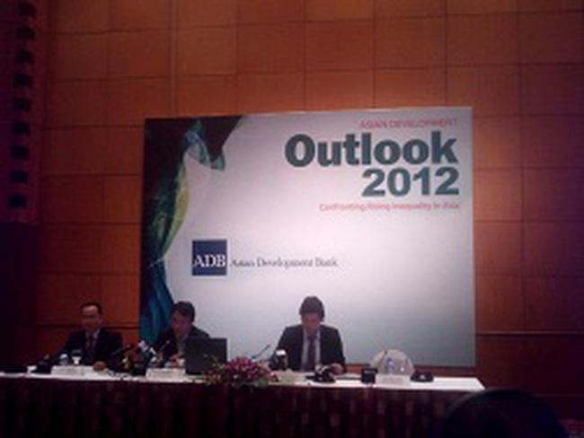 ADB: Dự trữ ngoại hối Việt Nam khoảng 17 tỷ USD, tương đương 2 tháng nhập khẩu