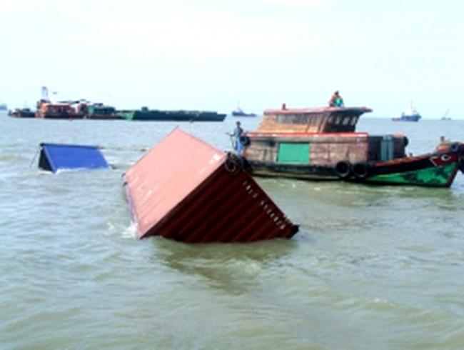 64 ôtô bị chìm theo tàu Trường Hải tại Vũng Tàu