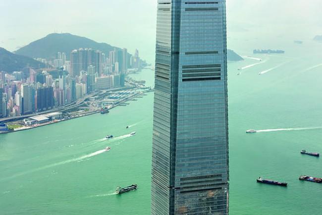 """""""Đột nhập"""" bên trong tòa nhà cao thứ 4 thế giới"""