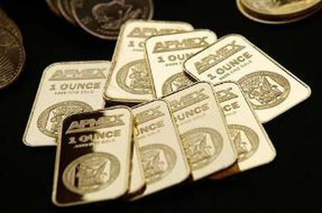 Trở lại là tài sản an toàn, giá vàng tăng vượt 1.660 USD/ounce