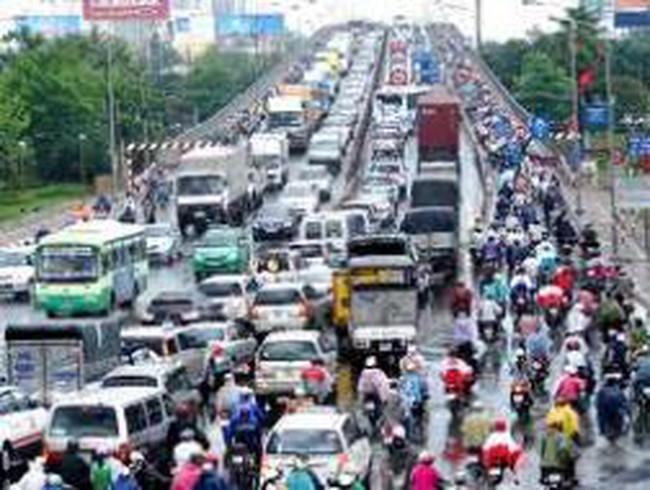 Hiến kế giải bài toán ùn tắc giao thông tại các đô thị lớn