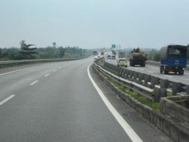 Tìm vốn xây đường cao tốc Trung Lương - Mỹ Thuận