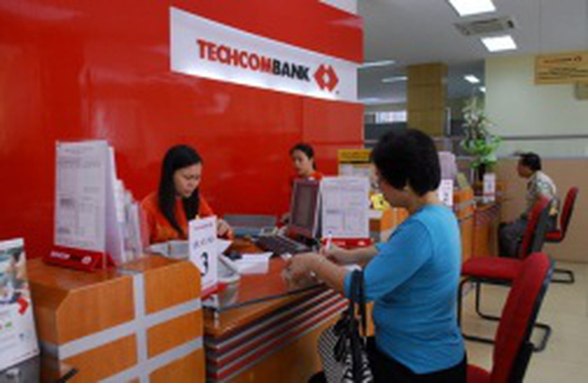 Techcombank: Lại trình ĐHCĐ kế hoạch niêm yết