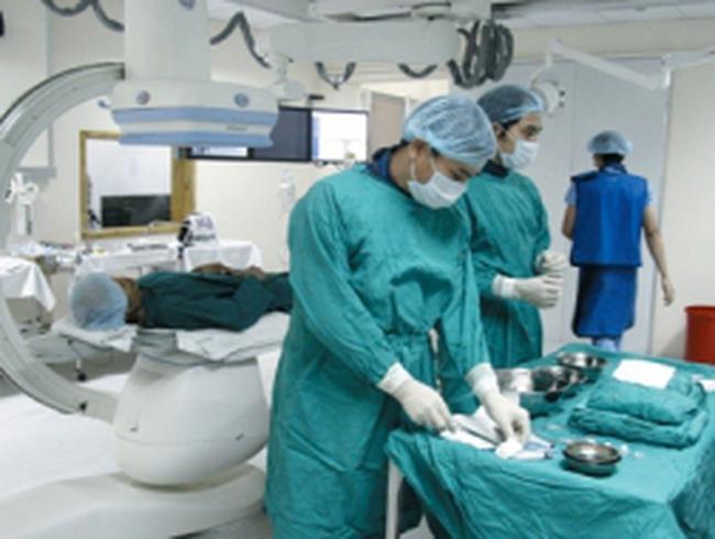 Các bệnh viện chưa áp dụng viện phí mới