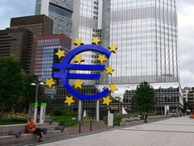 IMF kêu gọi Eurozone tái cơ cấu vốn ngân hàng