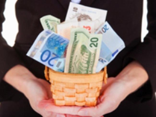 Các NHTW châu Âu có thể bắt buộc phải in thêm tiền