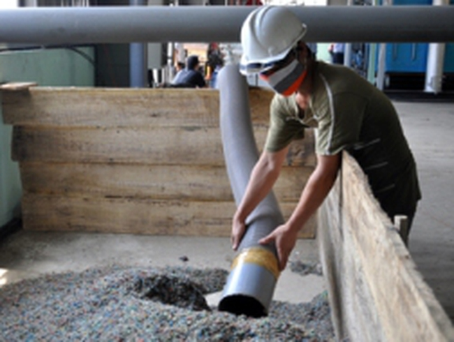 Đà Nẵng: Sản xuất dầu từ phế thải nilon