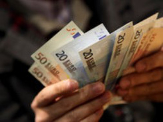 Nợ của eurozone lên mức cao kỷ lục