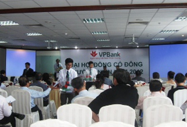VP Bank: Tăng vốn để thành đối tượng đi sáp nhập, không bị sáp nhập