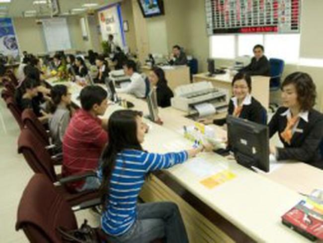 Lãi suất liên ngân hàng kỳ hạn 9 tháng bất ngờ tăng hơn 7%/năm