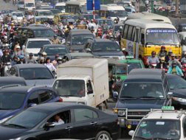 Tranh cãi về đề xuất cấm ôtô 5 ngày trong tuần