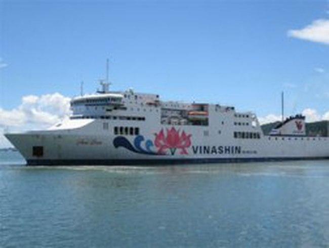 """Vinashinlines muốn bán """"siêu tàu"""" Hoa Sen"""