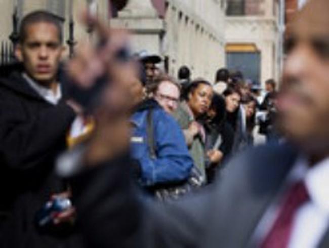 Số đơn xin trợ cấp thất nghiệp tại Mỹ tiếp tục cao hơn dự đoán