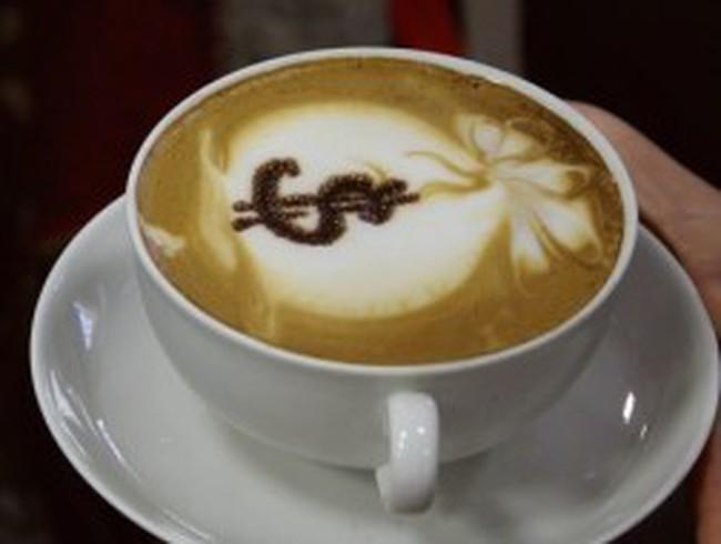 Giá cà phê lún sâu vì bị bán mạnh