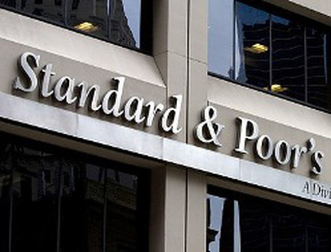 S&P hạ 2 bậc tín nhiệm nợ công của Tây Ban Nha