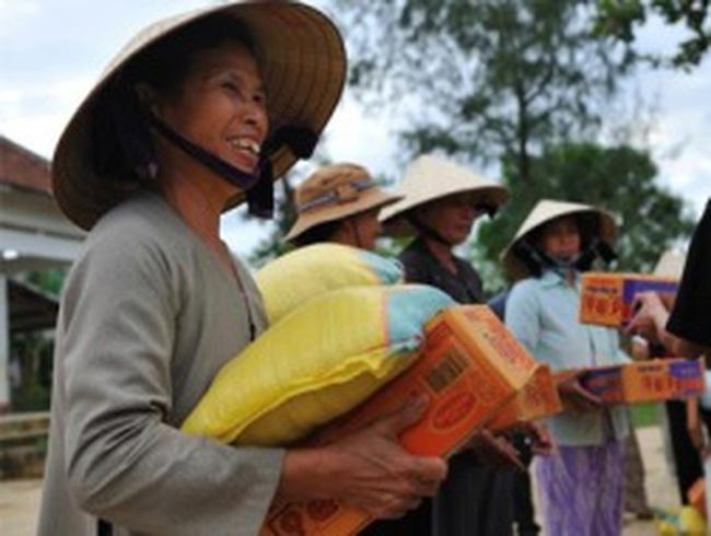 """Doanh nghiệp làm từ thiện: Vì sao Tp.HCM """"thoáng"""" hơn Hà Nội?"""