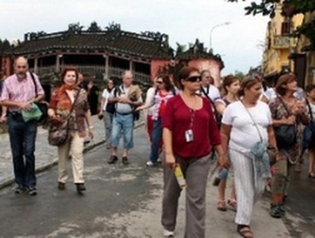 Lượng du khách quốc tế chạm mốc 1 tỷ lượt người