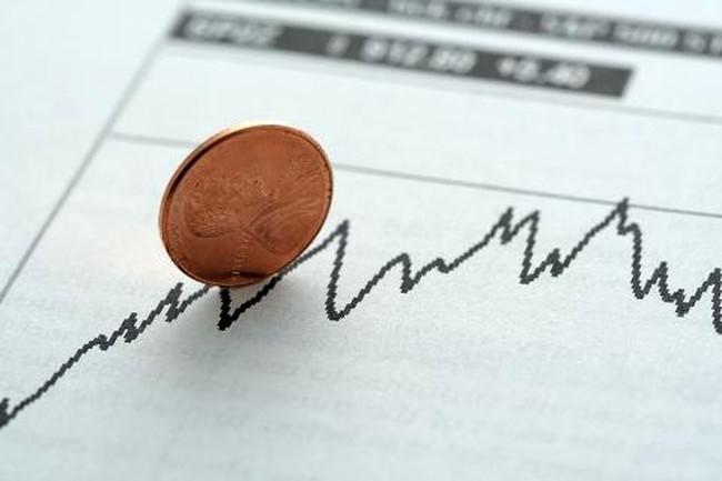 Cổ phiếu dưới mệnh giá vào tầm ngắm