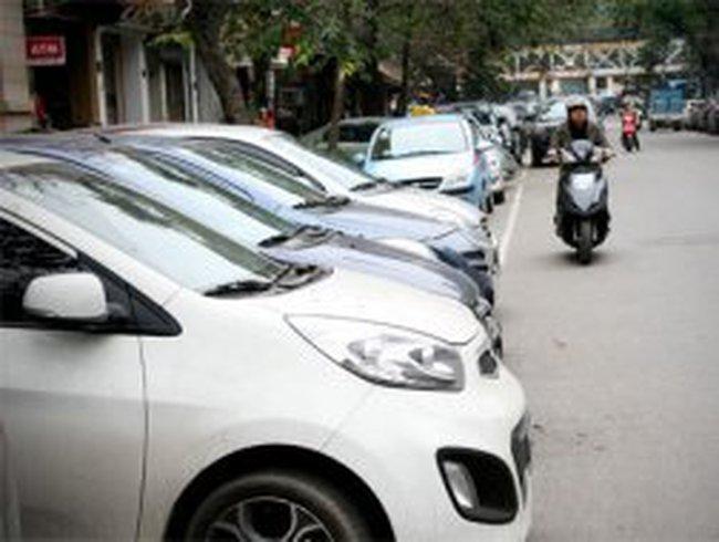 Hà Nội mở rộng các tuyến phố cấm trông giữ xe