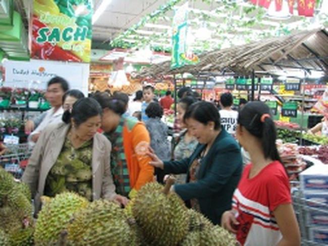 Đà Nẵng: Đổ xô đi mua sắm trong dịp lễ