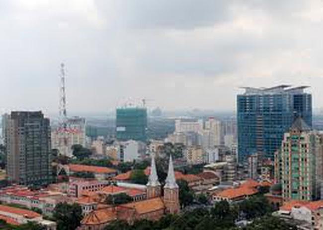 Giá nhà phố nội thành TPHCM giảm nhẹ