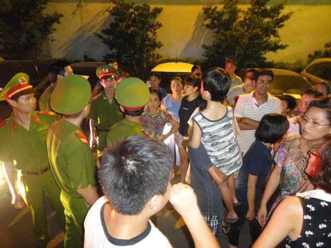 Vụ côn đồ hành hung Cư dân 93 Lò Đúc: Kinh Đô thừa nhận nhóm người trên là bảo vệ tòa nhà