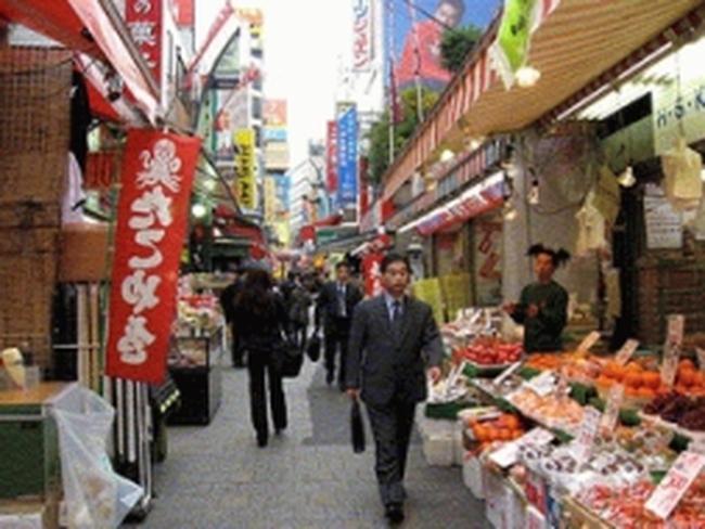 Tăng thuế tiêu dùng ảnh hưởng đến kinh tế Nhật