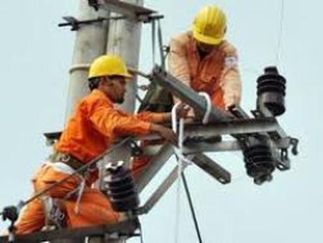 EVN còn thiếu 180.000 tỷ đồng vốn đầu tư cho điện