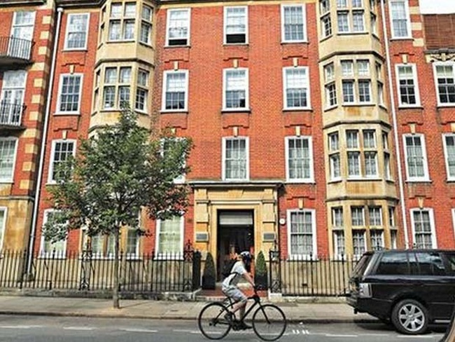 Các vụ mua bán căn hộ cao cấp của Bạc Hy Lai tại Anh