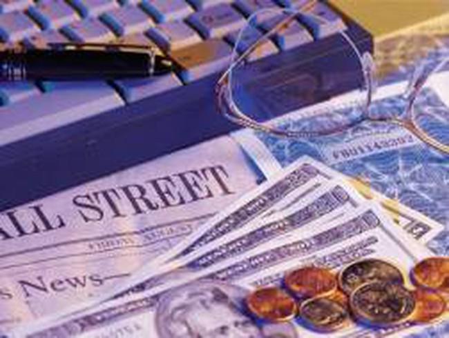 SMC, MSN, COM: Thông tin giao dịch lượng lớn cổ phiếu