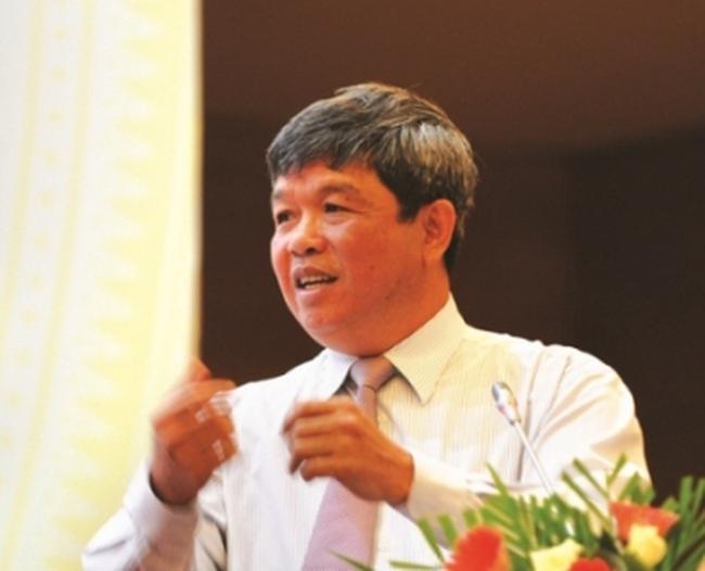 [Video] TGĐ Vietcombank nói về việc xử lý dư nợ cũ về mức LS không quá 15%