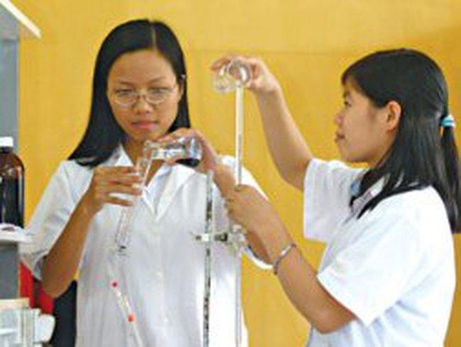 Thay đổi thu nhập cho người làm khoa học