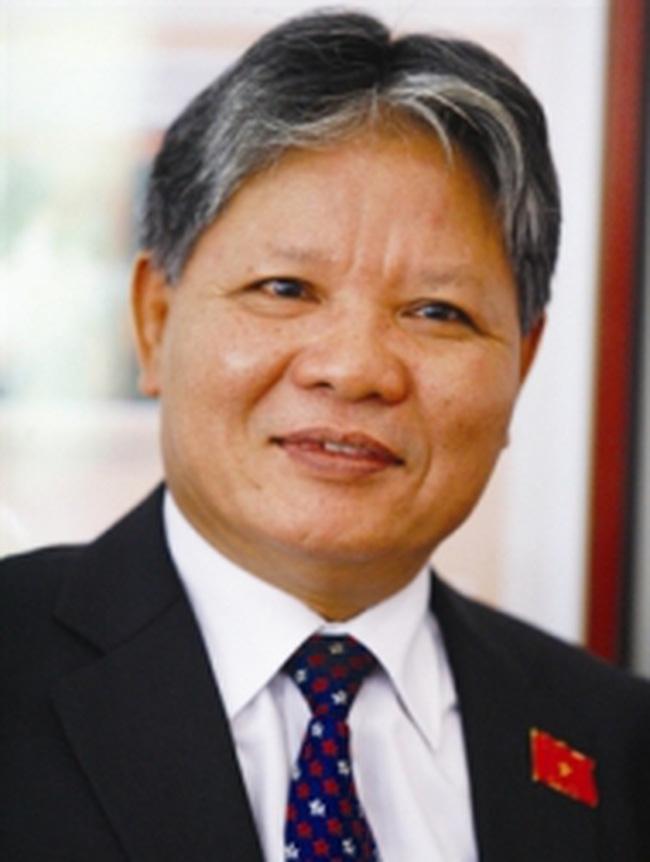 Bộ trưởng Bộ Tư pháp đối thoại trực tuyến với nhân dân