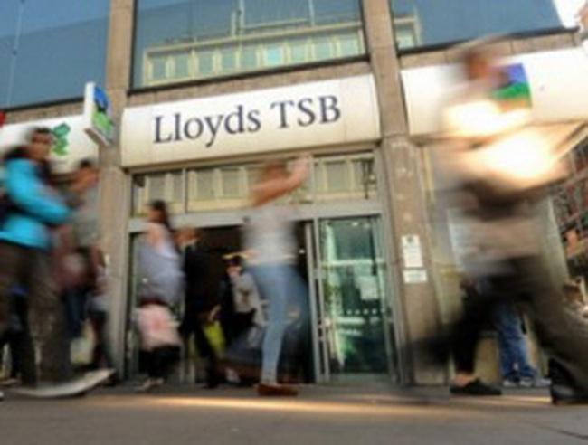 Ngân hàng lớn nhất nước Anh bán 632 chi nhánh