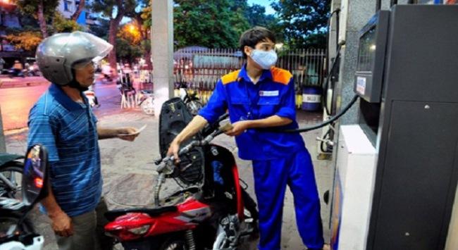 Giá xăng Việt Nam đang cao hơn Mỹ hơn 5.330 đồng/lít