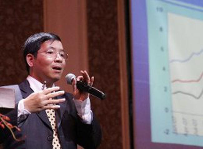 Tiến sỹ Vũ Thành Tự Anh: Thay đổi để phát triển bền vững (2)