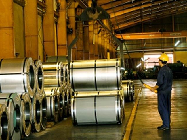 """DNNY ngành thép 6 tháng đầu 2013: Khu vực sản xuất vẫn có """"lối thoát"""" an toàn ?"""