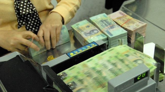 HSBC quan ngại người dân theo đuổi hình thức đầu tư khác thay vì gửi tiết kiệm