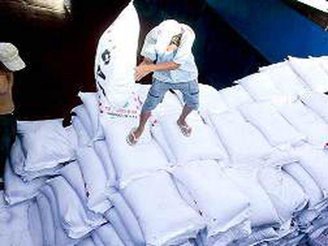 Được xuất khẩu, vẫn tồn kho gần 600 ngàn tấn đường