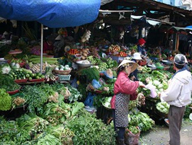 Giá rau củ giảm trở lại