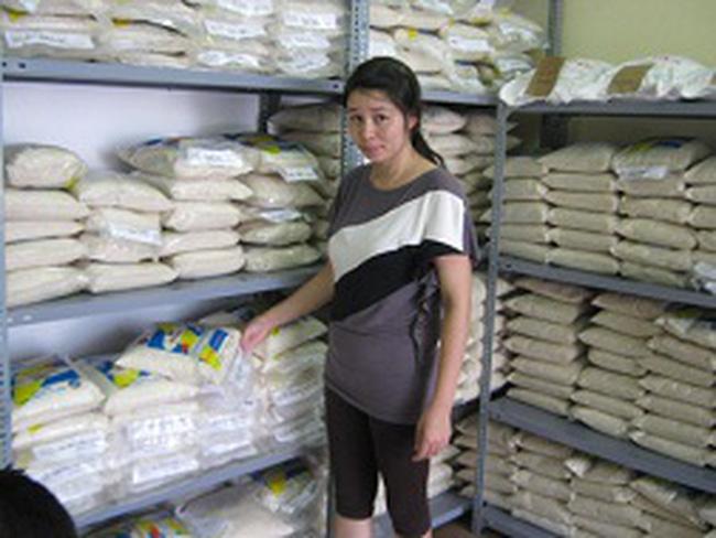 Gạo nội bị gắn mác gạo ngoại: Lừa người tiêu dùng để bán giá cao