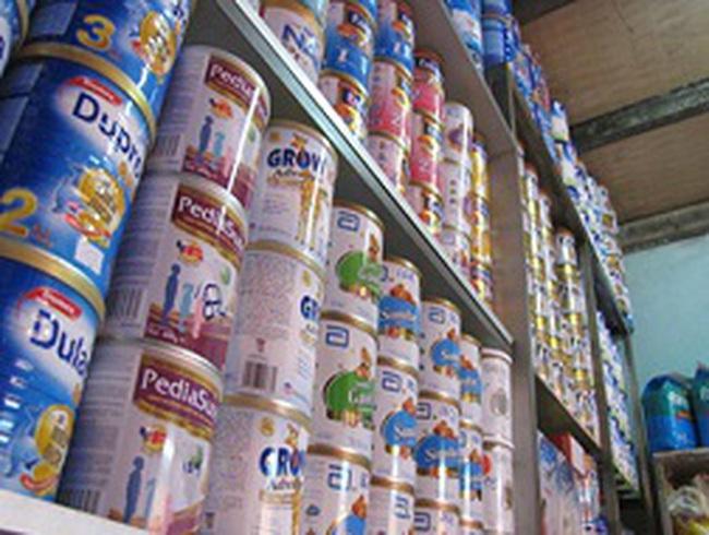 Người tiêu dùng hoang mang vì thực phẩm bẩn, sữa nhiễm khuẩn