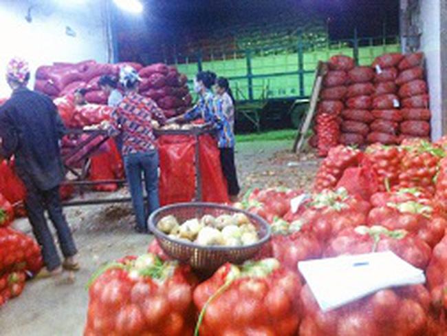 Nông sản Trung Quốc ngập chợ Việt