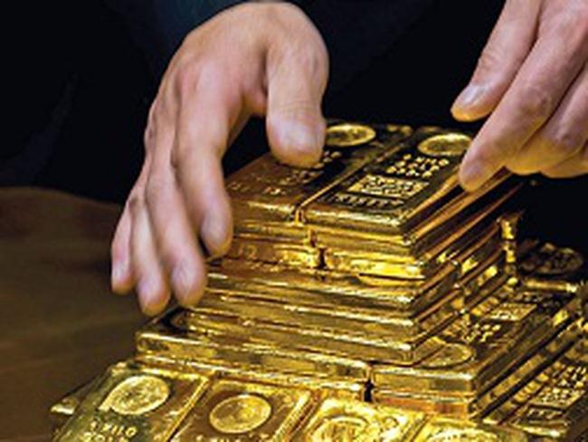 Nền kinh tế đói vốn, dân vẫn mua vàng