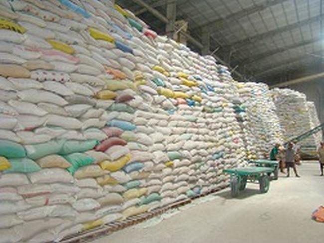 Lo cho xuất khẩu gạo cuối năm