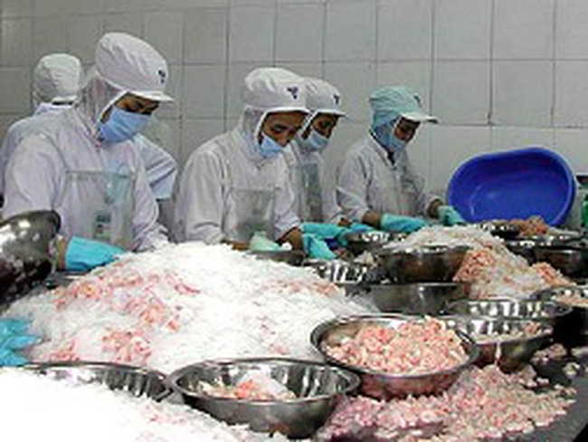 Việt Nam và chính sách ứng phó hàng rào thuế xuất khẩu thủy sản