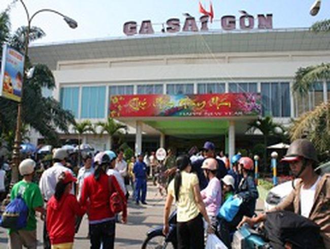 """""""Làm giá"""" ở ga Sài Gòn?"""